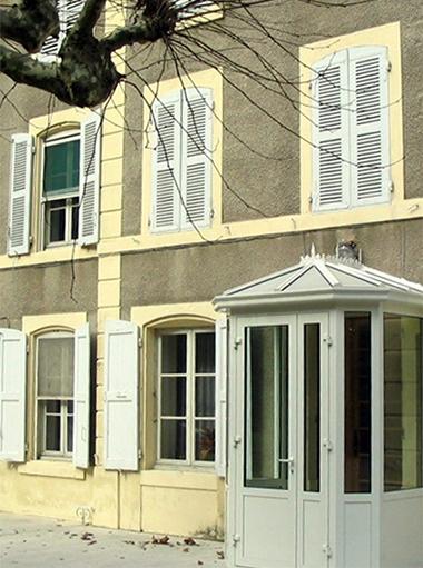 Portes, portails et fenêtres dans la Drôme et l'Isère